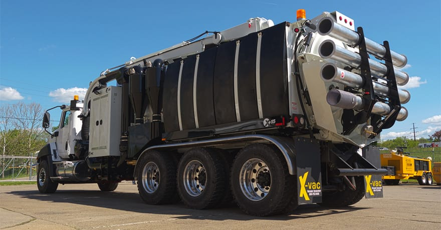 hydro excavation and sewer cleaning truck